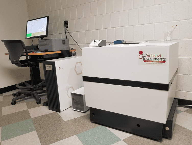 This image shows an EM-360 NMR system that has been refreshed.